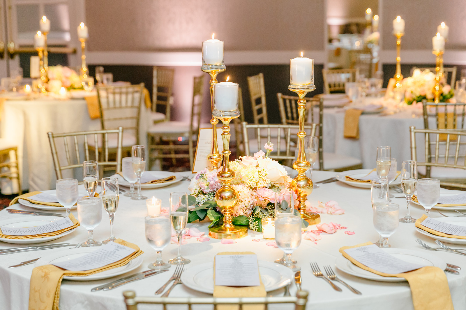 larger_table_setting_photo